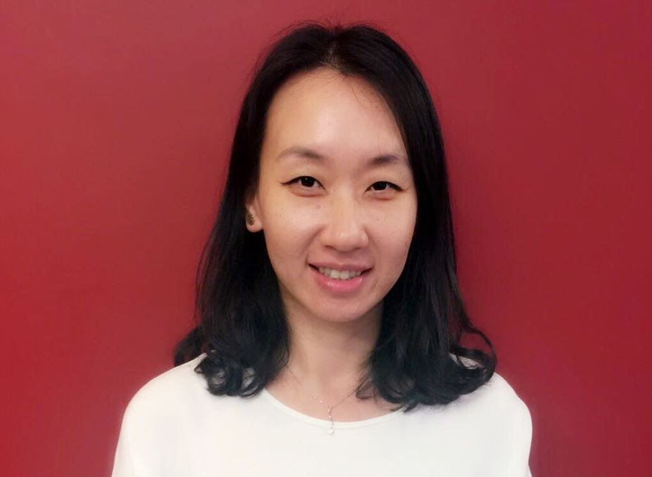 Flora Dong (Deputy Marketing Manager)